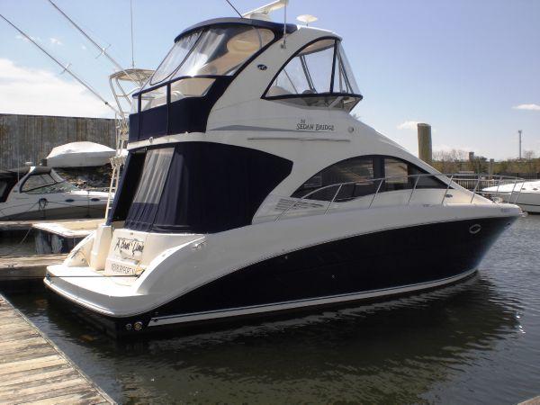 Sea Ray 36 Sedan Bridge Motor Yachts. Listing Number: M-3699723