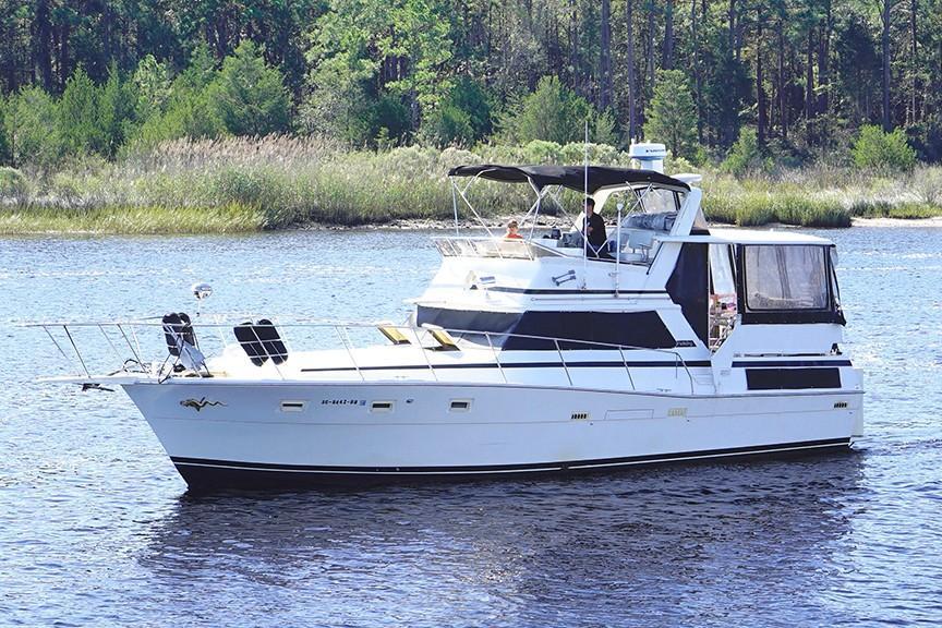 Viking 43 DCMY - Port View
