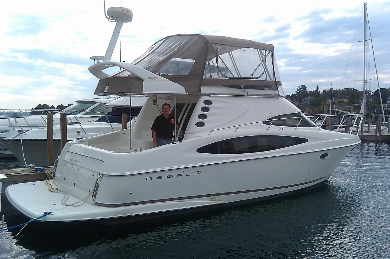 38 Regal 2003 Charlevoix   Denison Yacht Sales