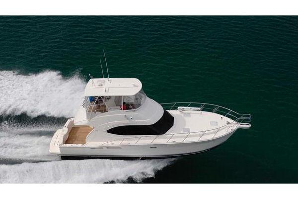 Riviera 45 Open Flybridge w/hardtop