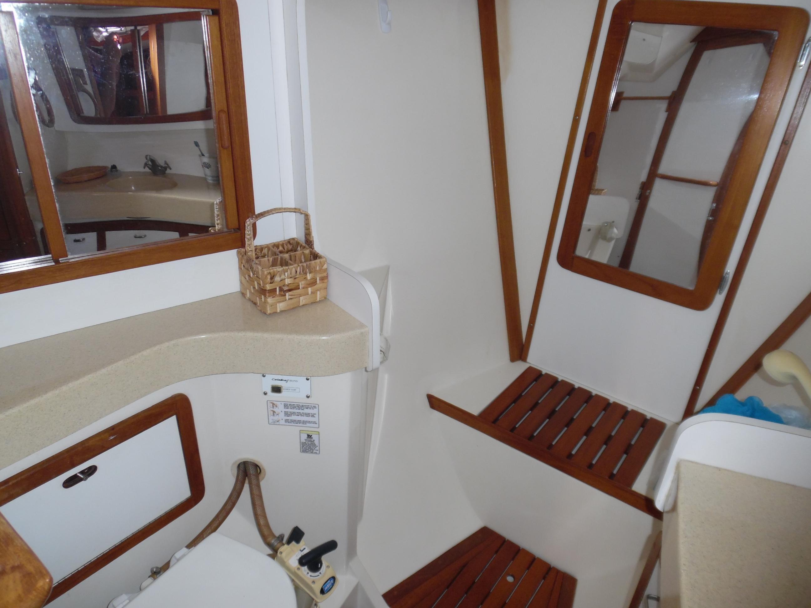 42 Catalina 1995 Port Charlotte | Denison Yacht Sales