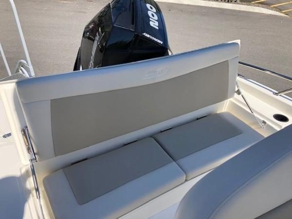 2020 Boston Whaler boat for sale, model of the boat is 210 Dauntless & Image # 2 of 11