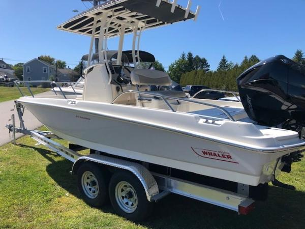 2020 Boston Whaler boat for sale, model of the boat is 210 Dauntless & Image # 3 of 11