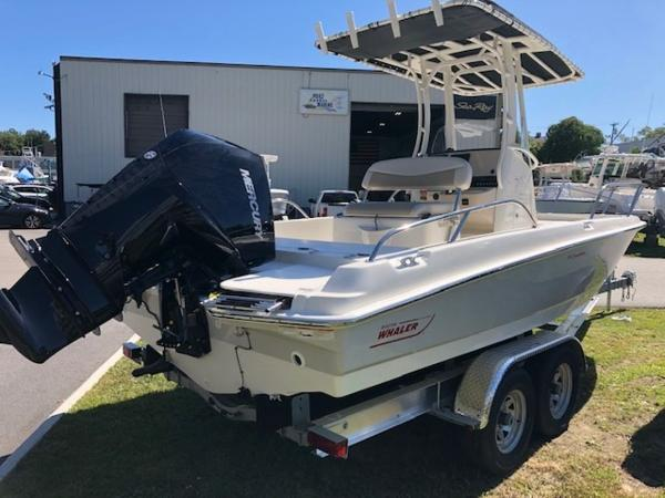2020 Boston Whaler boat for sale, model of the boat is 210 Dauntless & Image # 10 of 11