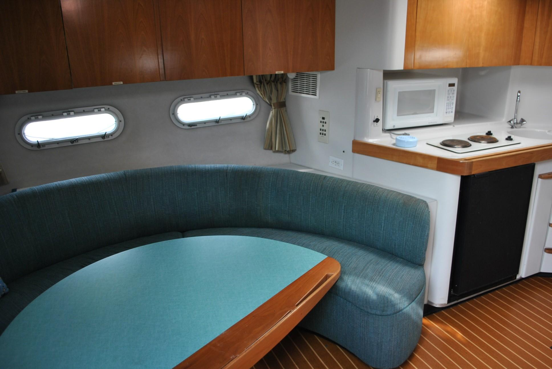 Chris-Craft 380 Continental Express