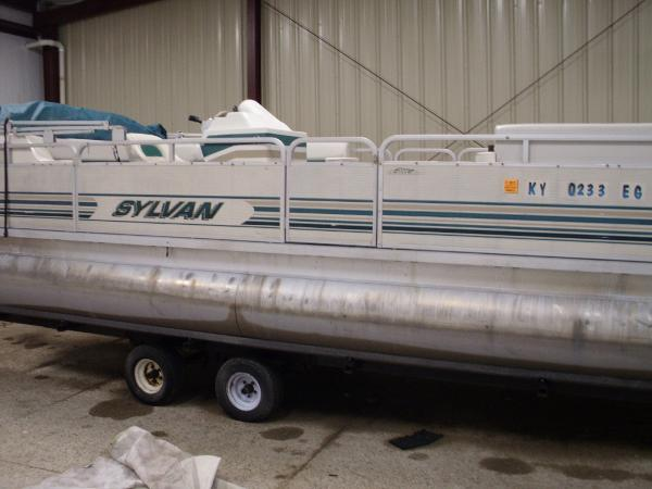 1998 SYLVAN 24 ELITE for sale