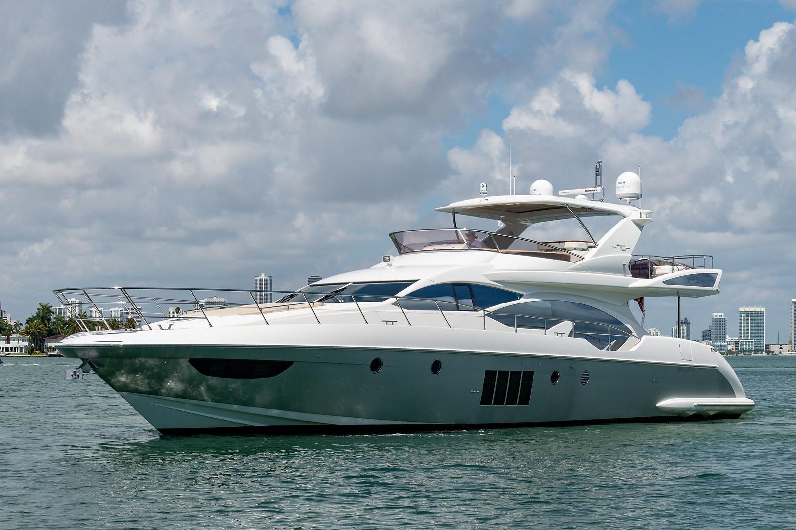 Azimut Flybridge Motoryacht