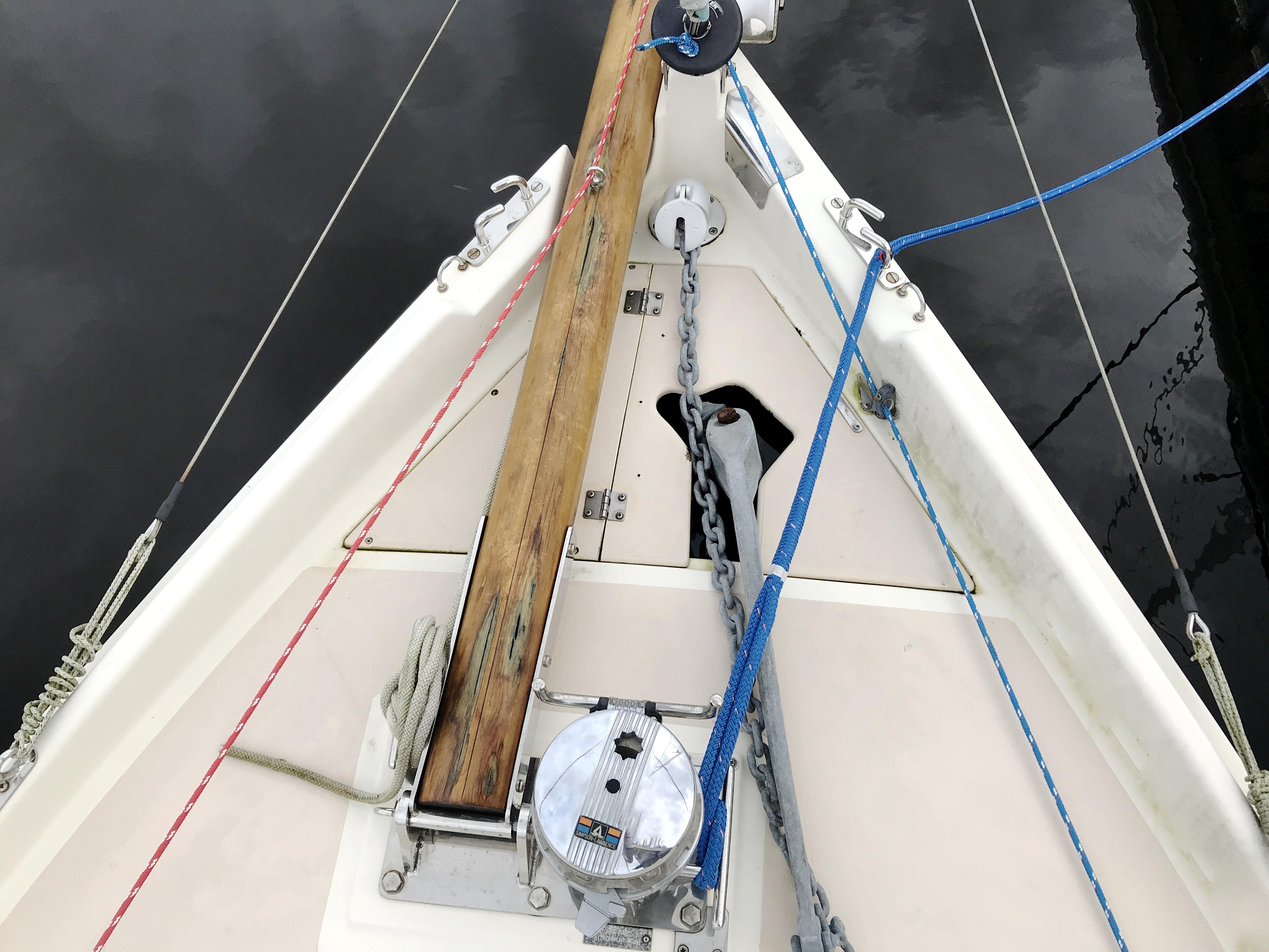 Cornish Crabbers Crabber 22 - bow sprit, windlass, anchor locker