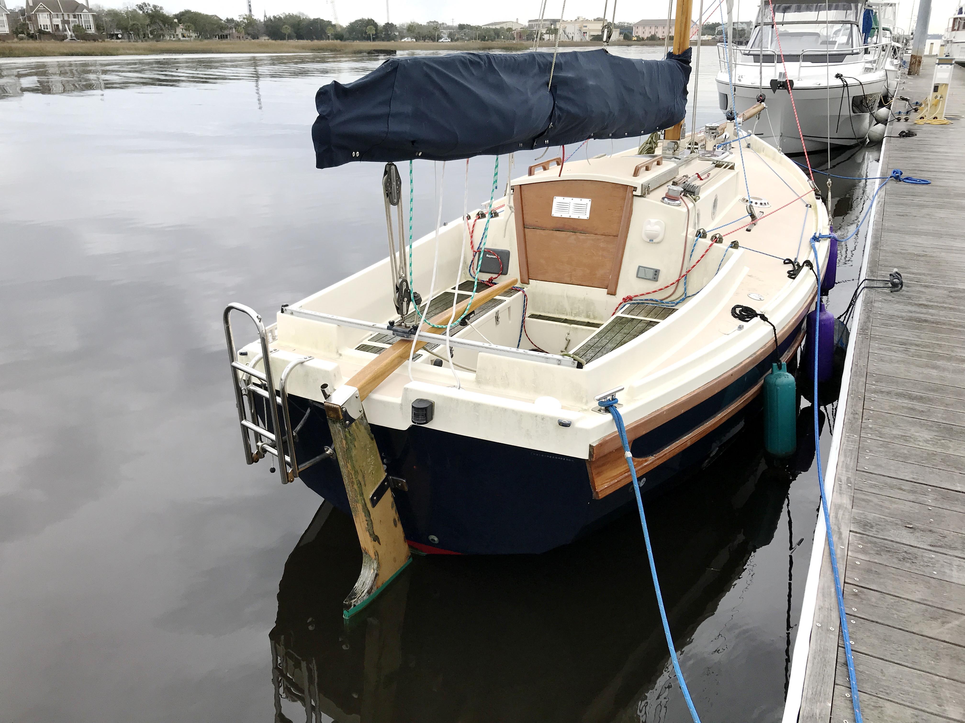 Cornish Crabbers Crabber 22 - Cornish Crabber 22 Gaf rigged cutter stern