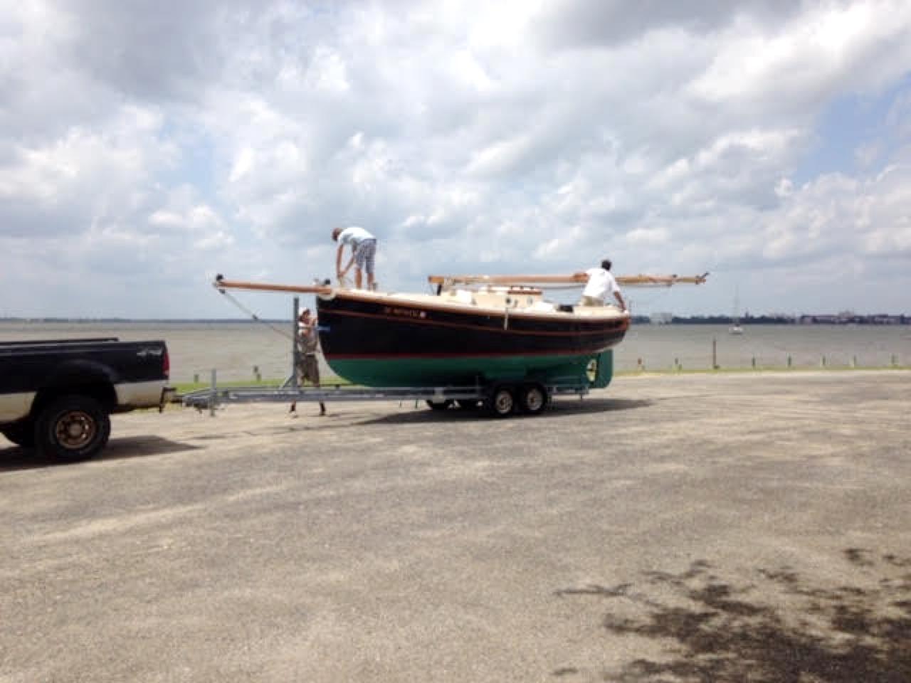 Cornish Crabbers Crabber 22 - mast folds flat for transport