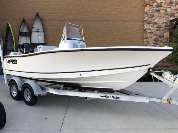 2019 Mako boat for sale, model of the boat is 184 CC & Image # 1 of 49