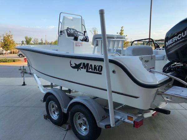 2019 Mako boat for sale, model of the boat is 184 CC & Image # 3 of 49