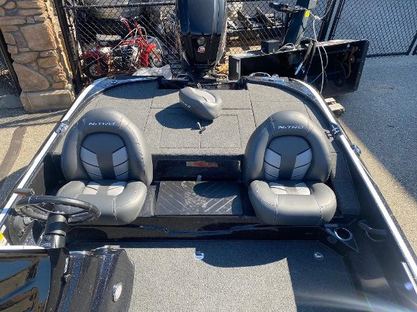 2020 Nitro boat for sale, model of the boat is Z17 & Image # 6 of 91