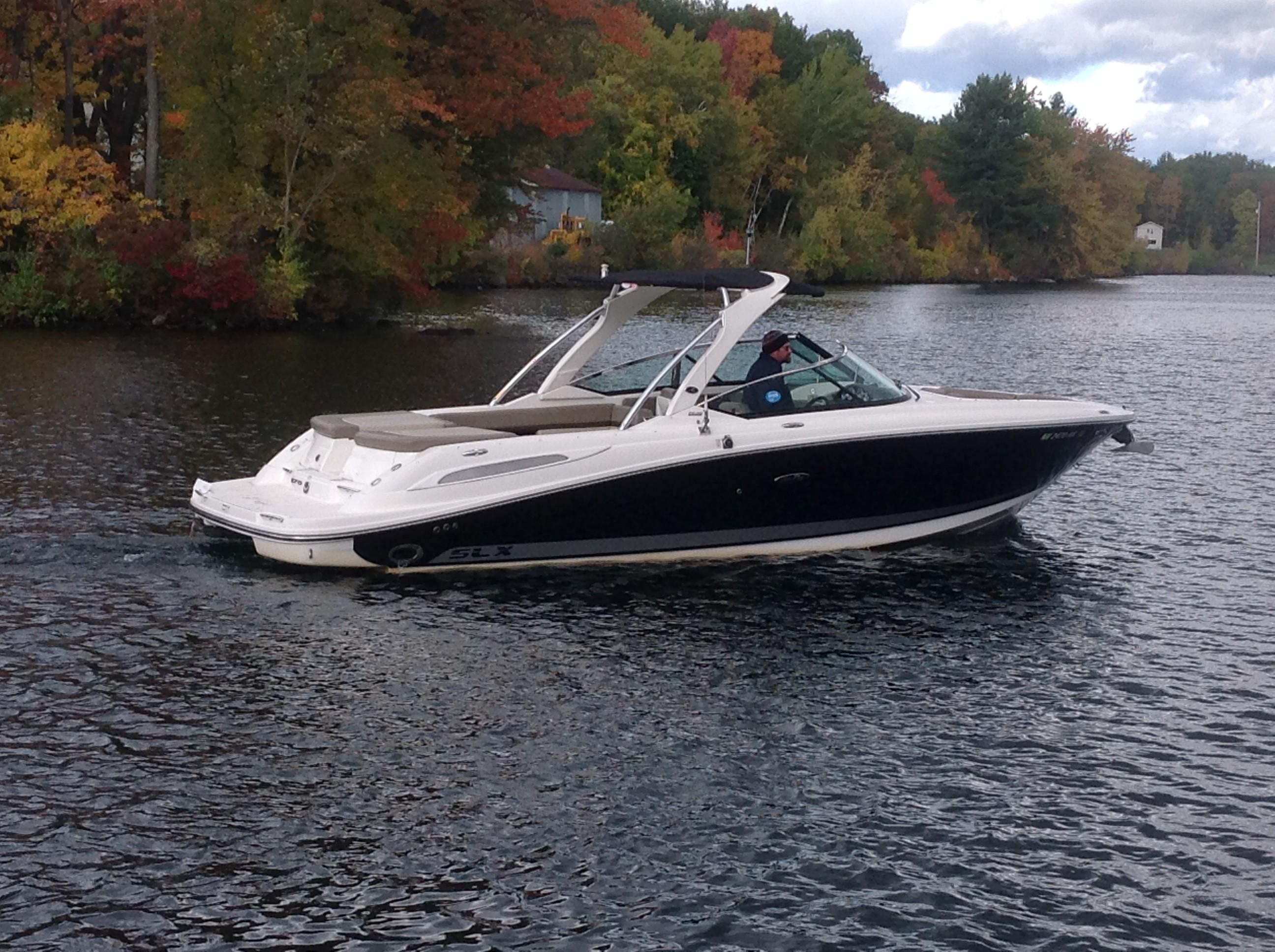 2011 Sea Ray boat for sale, model of the boat is 270 SLX & Image # 1 of 13