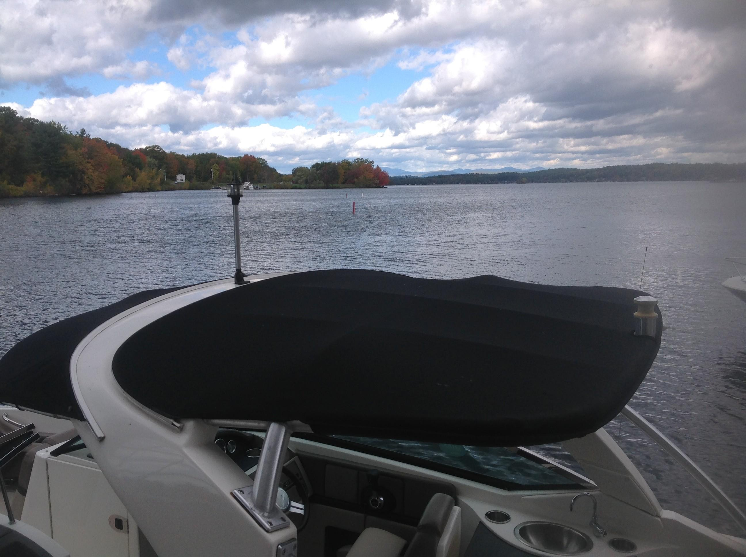 2011 Sea Ray boat for sale, model of the boat is 270 SLX & Image # 8 of 13