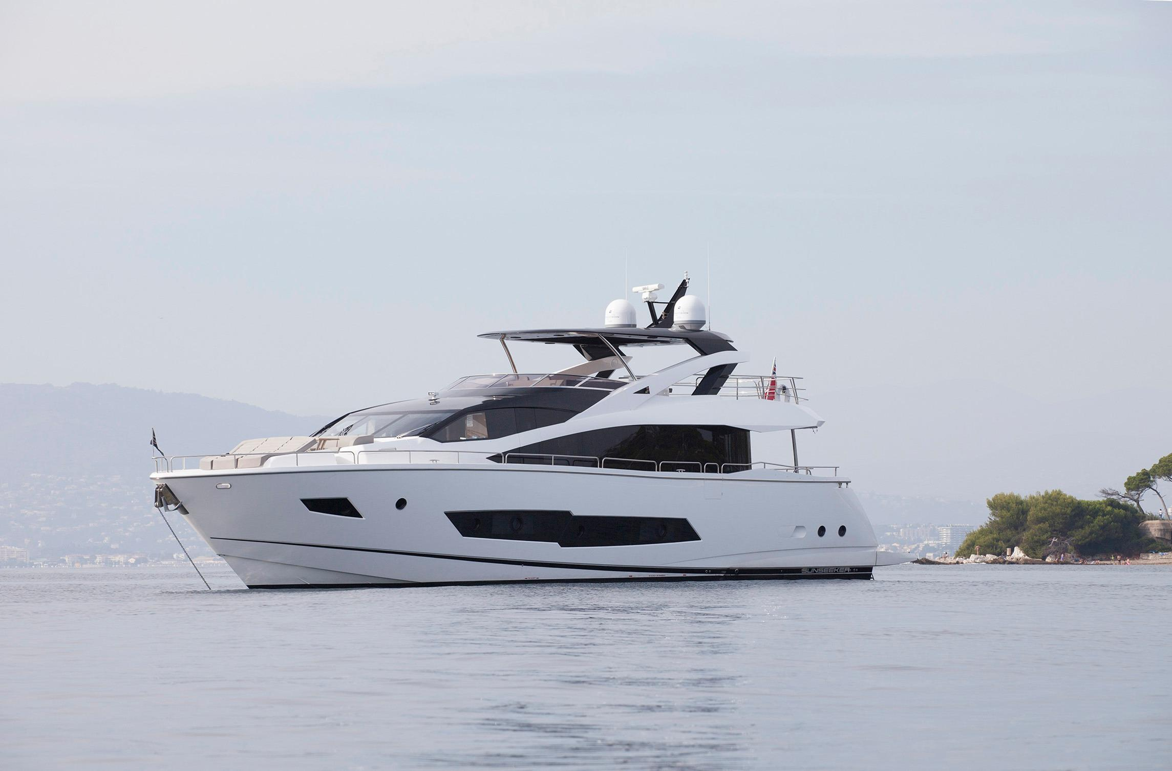 Manufacturer Provided Image: Sunseeker 86 Yacht