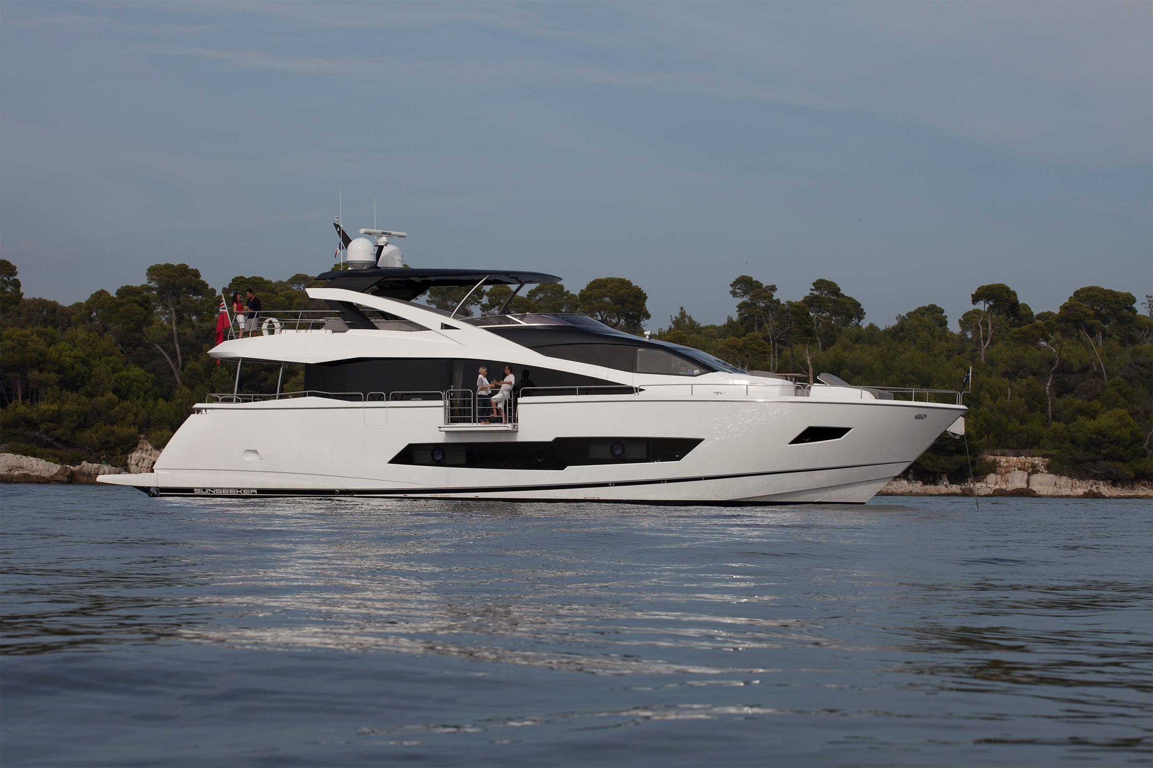 Manufacturer Provided Image: Sunseeker 86 Yacht Side Profile