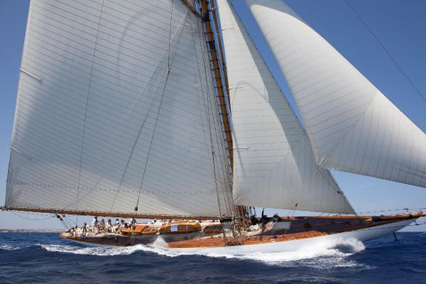 Gaff Rigged Cutter photo