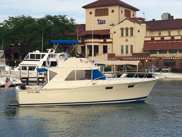 1969 Chris Craft 35 COMMANDER SC
