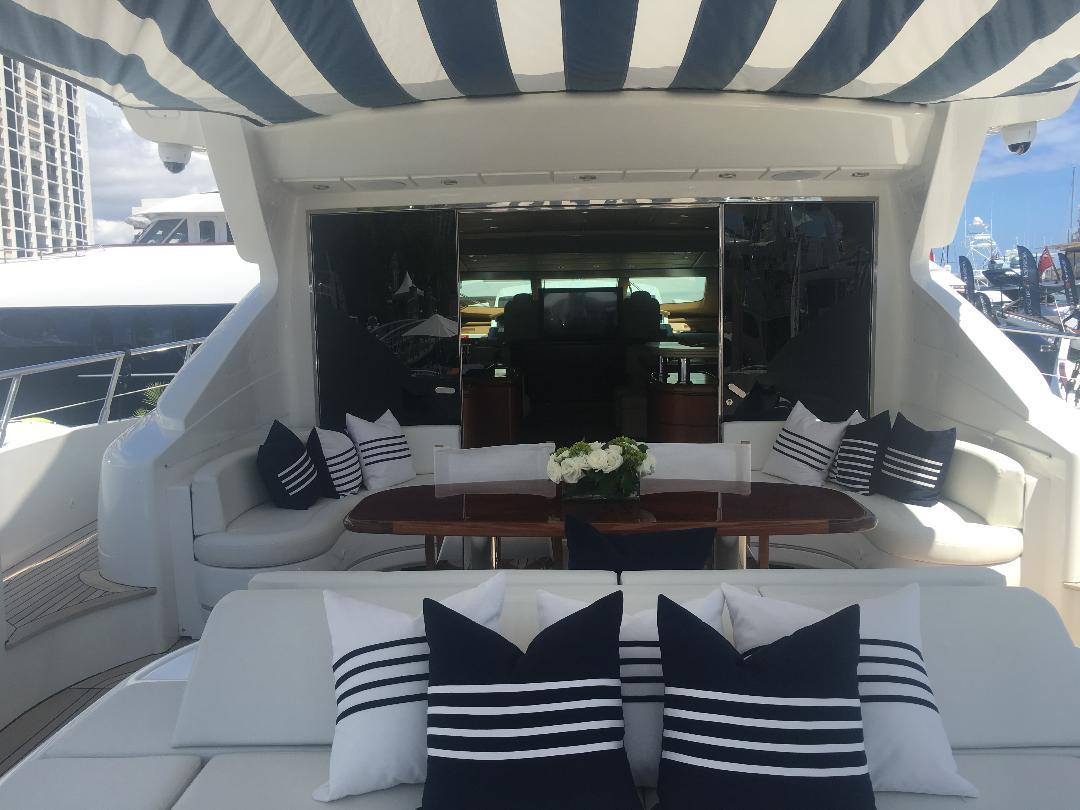 Aft Deck W/Canopy