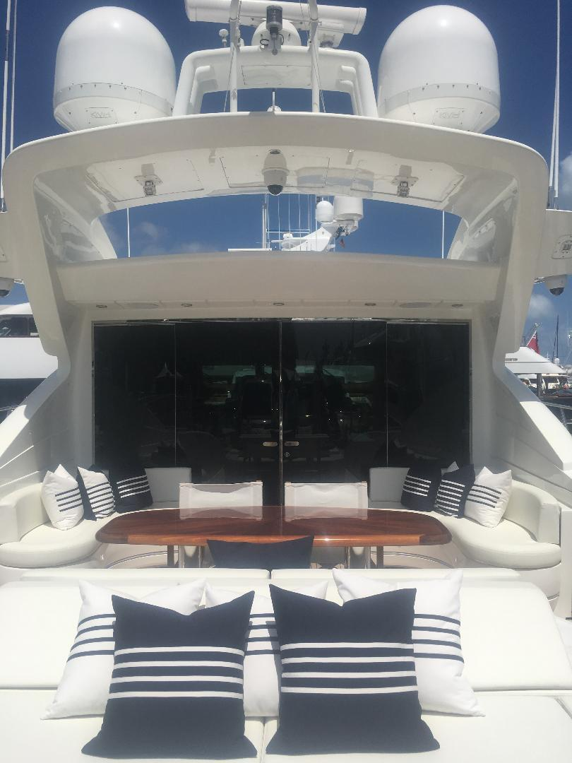 Aft Deck Sunpad & Seating