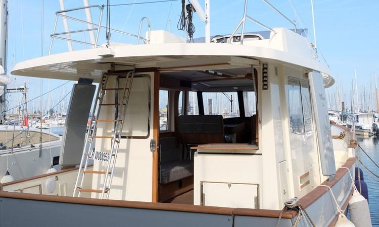 Rhea Marine 34 Trawler aft