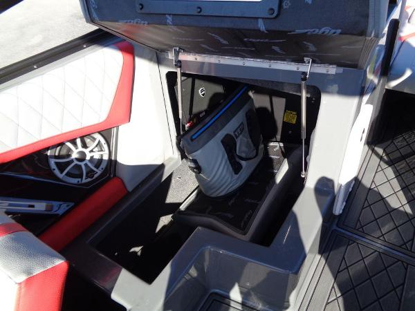 2019 Tige boat for sale, model of the boat is RZX2 & Image # 13 of 14