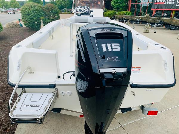 2019 Mako boat for sale, model of the boat is 184 CC & Image # 4 of 51