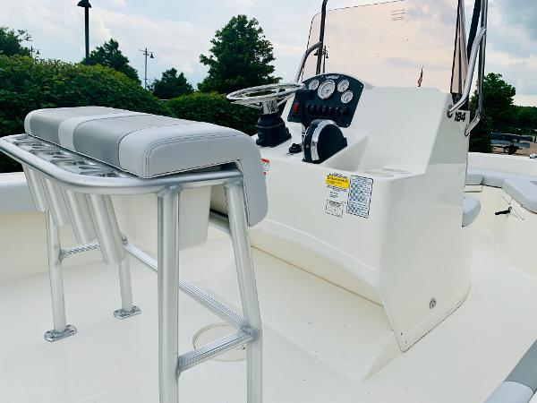 2019 Mako boat for sale, model of the boat is 184 CC & Image # 5 of 51