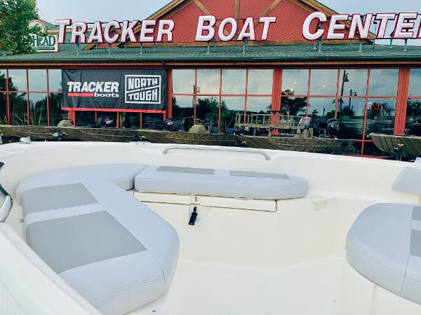 2019 Mako boat for sale, model of the boat is 184 CC & Image # 8 of 51