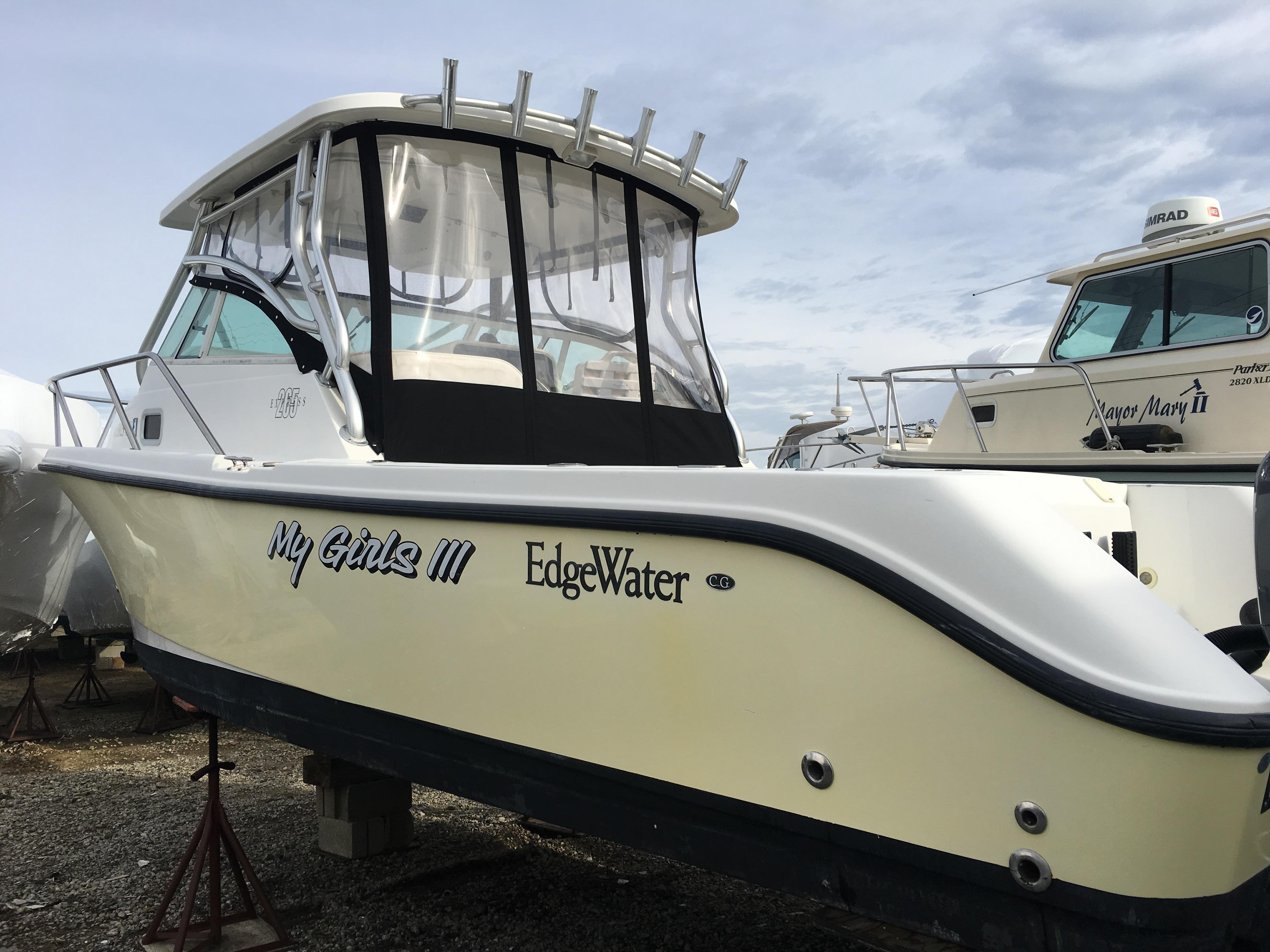 2005 Edgewater 265 Hardtop Express Sandy Hook Yacht Sales