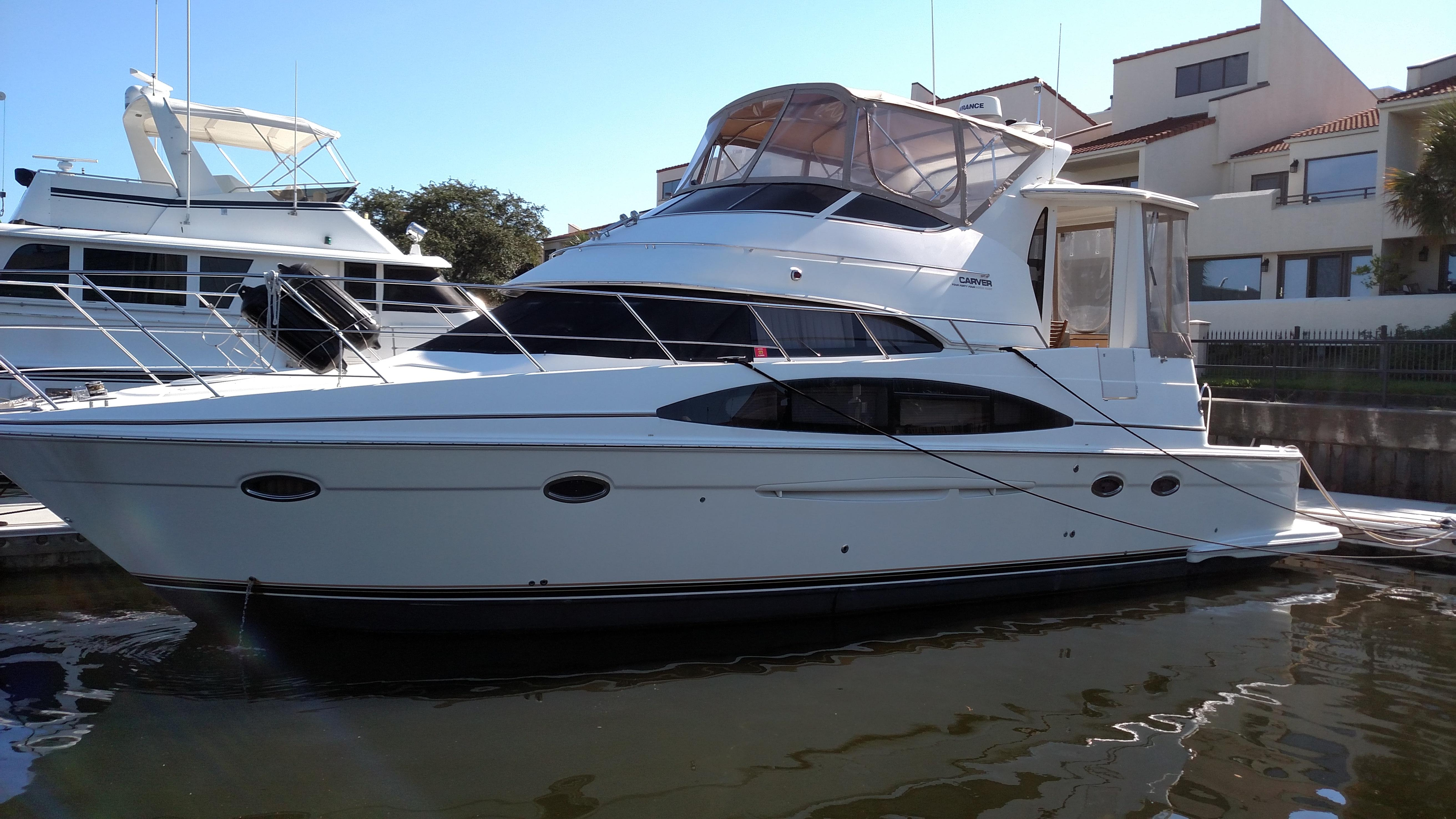 Carver Yachts for Sale Ranging from 35' to 45' | Galati Yachts