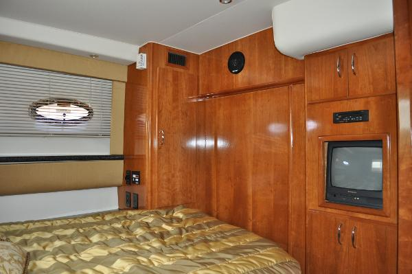 Master Stateroom Forward to Port