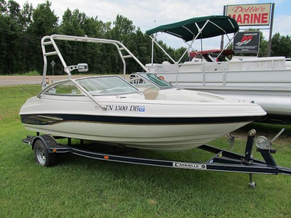 2000 CARAVELLE 188 BOW RIDER for sale