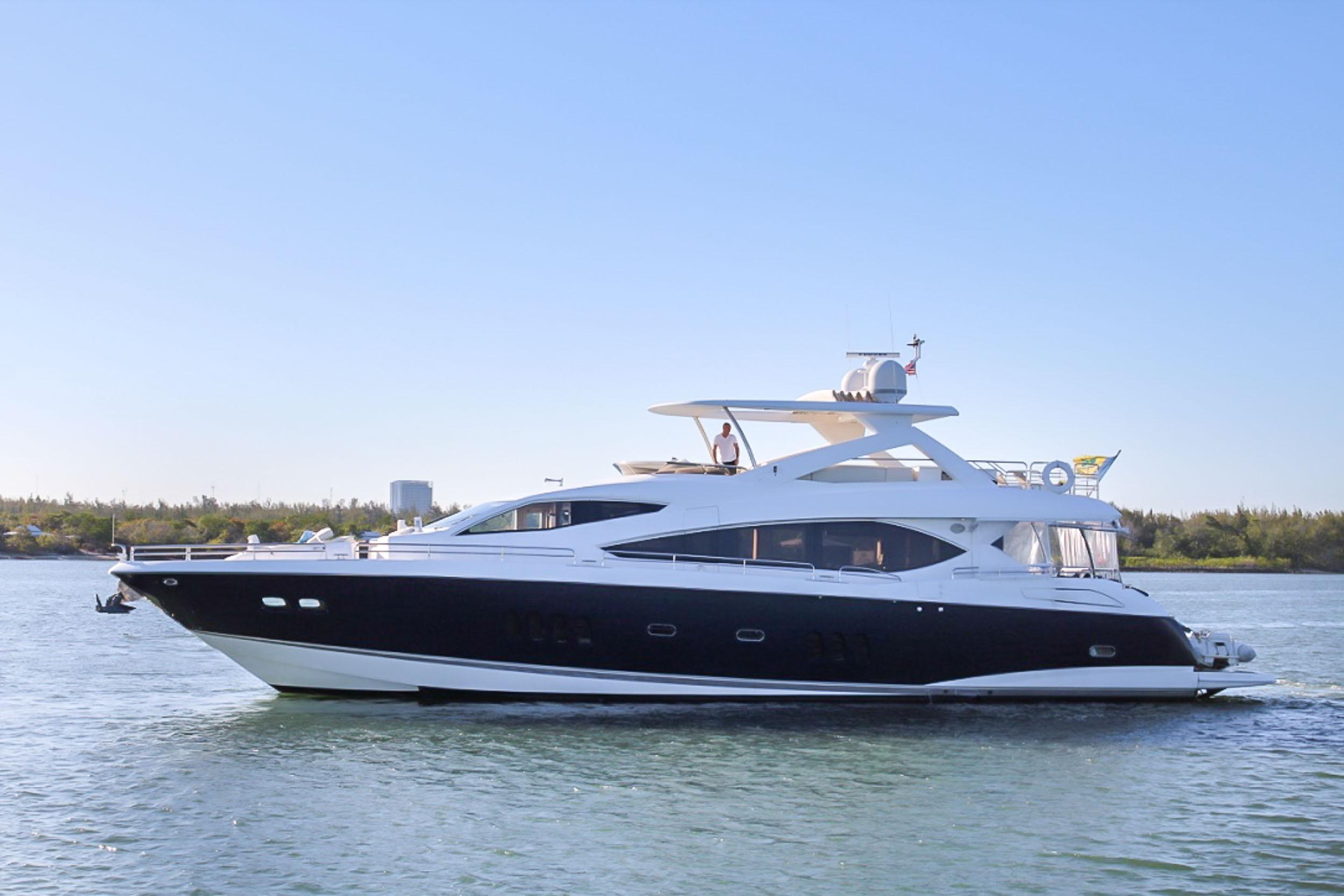 86 ft Sunseeker Yacht