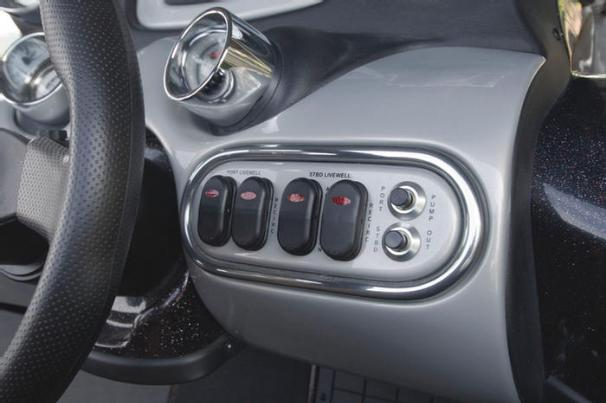 Manufacturer Provided Image: Rocker switches at the console give you control over the livewell systems.
