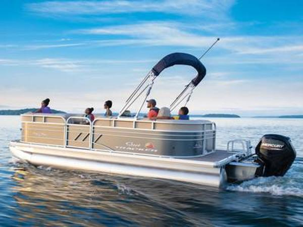 2021 Sun Tracker boat for sale, model of the boat is PARTY BARGE® 20 DLX & Image # 1 of 1