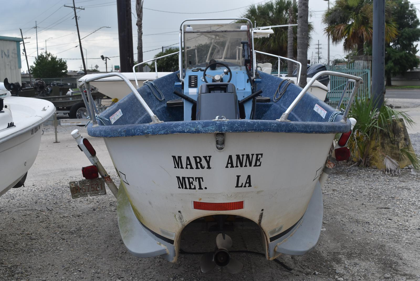 1983 Lavro boat for sale, model of the boat is 20-D & Image # 13 of 17