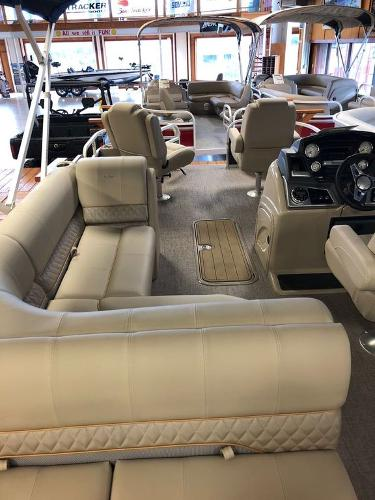 2021 Ranger Boats boat for sale, model of the boat is RP223F & Image # 2 of 17