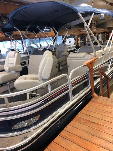 2021 Ranger Boats boat for sale, model of the boat is RP223F & Image # 10 of 17