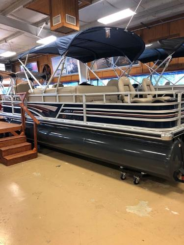 2021 Ranger Boats boat for sale, model of the boat is RP223F & Image # 13 of 17