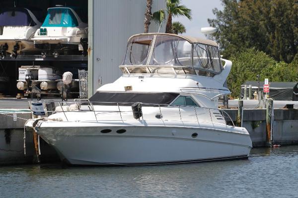 40' Sea Ray 2000 400 Sedan Bridge