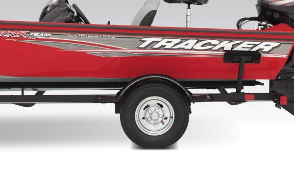 2018 Tracker Boats boat for sale, model of the boat is Pro Team 175 TXW & Image # 13 of 35