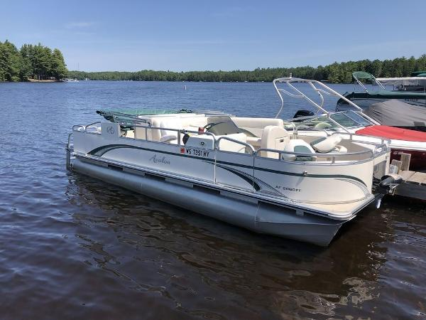 2012 AVALON 20' FISH AND FUN for sale