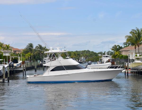 2008 54' Viking 54 Convertible