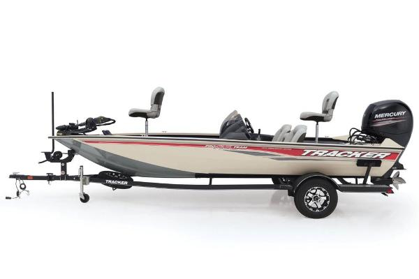 2018 Tracker Boats boat for sale, model of the boat is Pro Team 195 TXW 40th Anniversary Edition & Image # 12 of 14