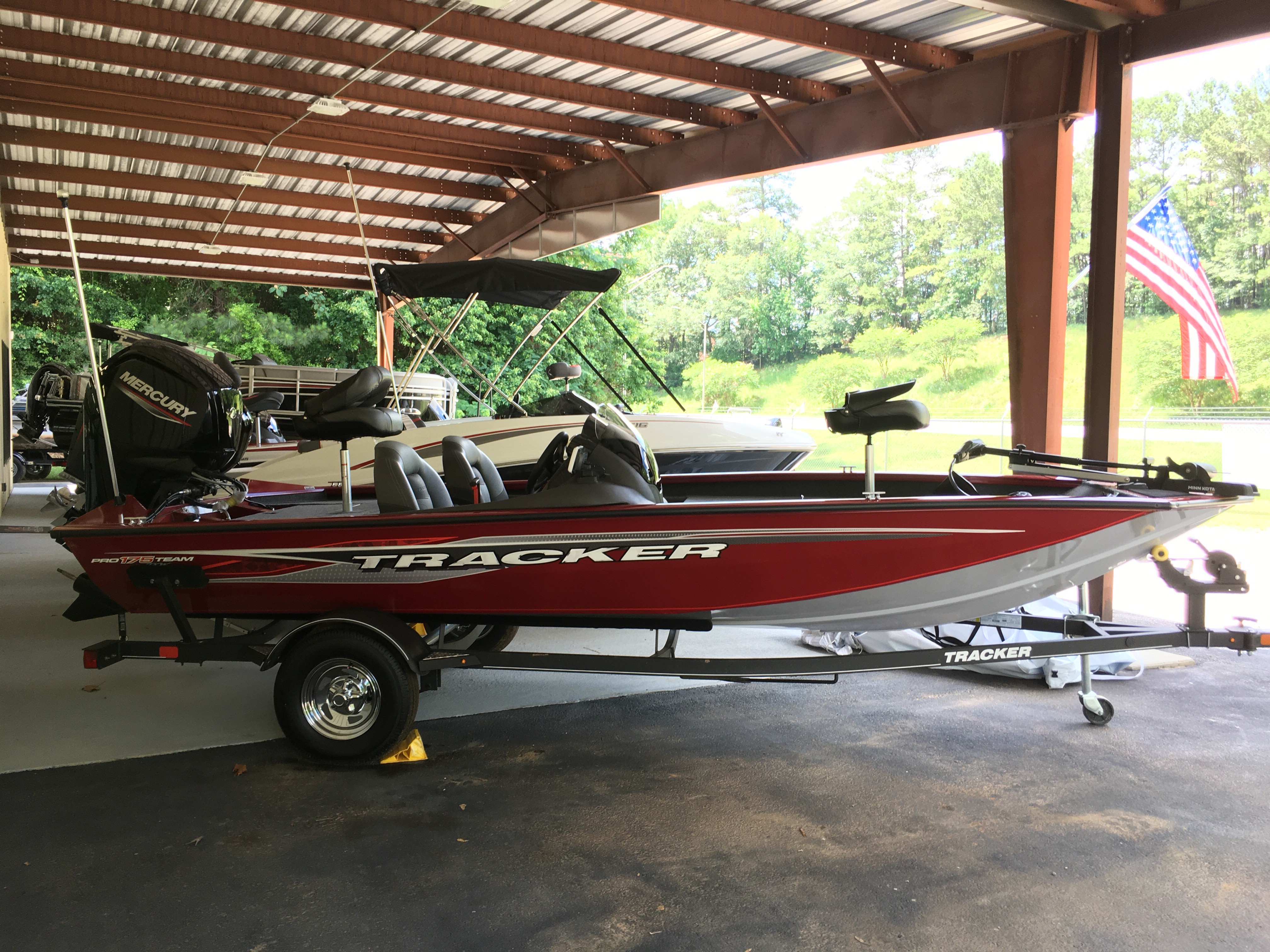 2020 Tracker Boats boat for sale, model of the boat is Tracker Pro Team 175 TXW w/75ELPT 4S STD & Image # 1 of 40