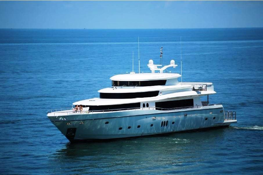 Johnson 108ft Yacht