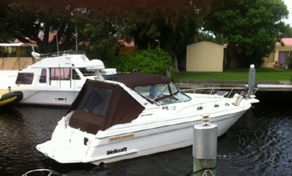38' Wellcraft 1998 Martinique 3600