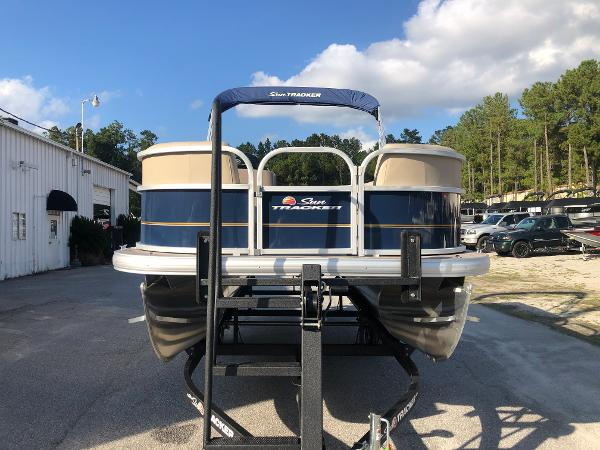 2021 Sun Tracker boat for sale, model of the boat is Party Barge 18 DLX & Image # 6 of 23